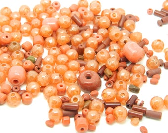 Brown vintage assortment of 50 beads