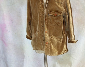 Woman's Levi's vintage tan corduroy button jacket great condition size small