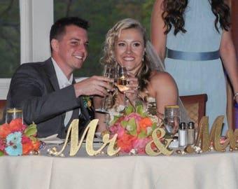GLITTER Mrs & Mr  sweetheart table decoration. Wedding sign set. Sweetheart table decor wooden signs.