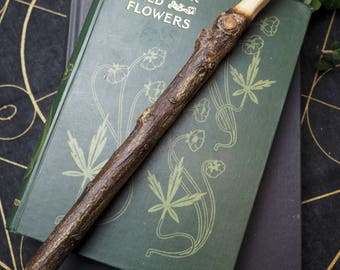 Natural Cornish Holly Wood Wand - For Protection & Meeting Challenges - Pagan, Wicca, Witchcraft, Magic, Ritual