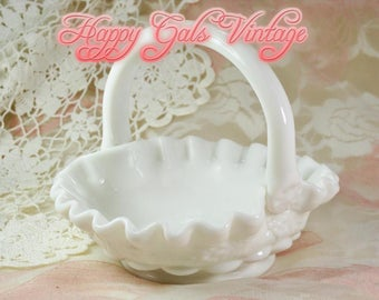 Milk Glass Basket, Vintage Milk Glass Basket, White Glass Basket, Little White Basket, Little Milk Glass Basket, Fenton Style Basket