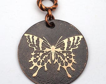 Etched copper butterfly pendant, round flat metal, 31mm