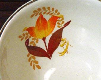Harker Bakerite Serving Bowl Modern Tulip Pattern 22K Gold Trim Forties Vintage Kitchen Ware 1940s USA Autumn Colors