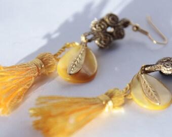 Earrings made in the Sun