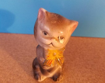 Vintage Grey cat figurine