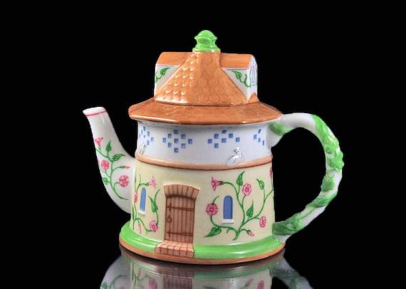 Lenox Dovecote Teapot, The English Garden Collection, Collectible, Tea For One, Small Teapot