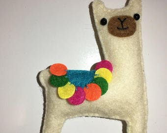 Llama Badge. Llama pin. Llama brooch, llama badge, Alpaca Badge, gift, cute Llama, Birthday gift, Anniversary gift