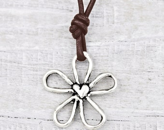 Blossom Necklace - Daisy Jewelry - Flower Necklace - N423