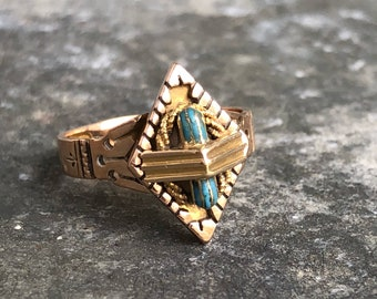 14k rose and yellow gold enamelled ring