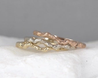 14K Gold Tree Branch Ring - Yellow White or Rose Gold - Wedding Band - Stacking Ring - Twig Ring - Nature Jewellery - Made in Canada