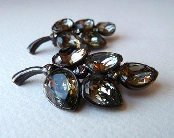 Black Diamond Rhinestone Leaf Brooch Pin - Beautiful Vintage Black Lacquered Pin with Swarovski Rhinestones