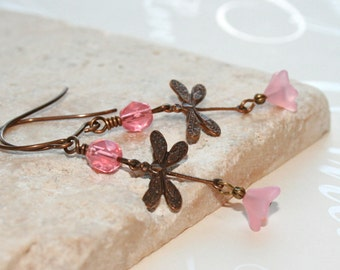 Dragonfly Earrings // Vintaj brass dragonfly dangle earrings // Woodland Jewelry // Rustic