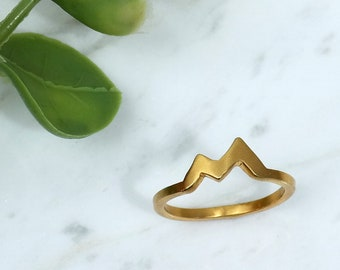 Mountain Ring, Gold Ring, Wanderlust, Dainty Ring, Nature Ring, Minimalist Ring, Mountain Jewelry, Climbing, Gift for her, Inspirational