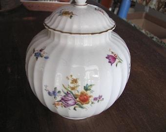 Vintage 1986 ROYAL WORCESTER Witley Garden Pattern Covered Sugar Bowl Mint