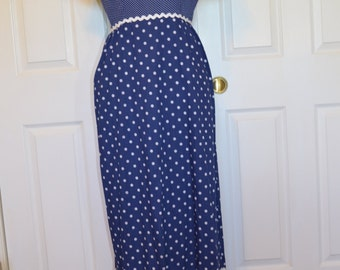 Vintage ALICE of California Women's Long Dress Size ?? Blue  and  White Polka-Dot
