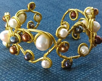 Freshwater pearl and brass bracelet white black and cinnamon pearls