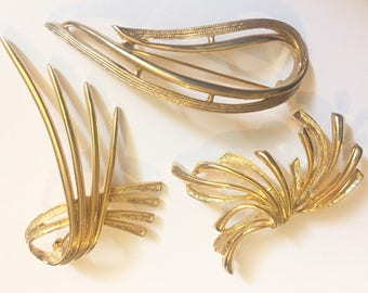 Vintage 1960s Gold Abstract Brooch Lot, Costume Jewellery Brooches, Sarah Coventry, Sphinx