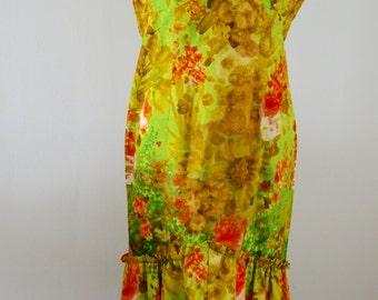 Elsie Krassas Designer 70s Dress Vintage Hawaiian Watteau Train Light Green, Orange, Gold & White Silkscreen Floral