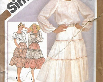 Simplicity 9907 Misses Pull-On Tiered Skirt And Pullover Peasant Blouse Pattern, Size 10 & 12, UNCUT
