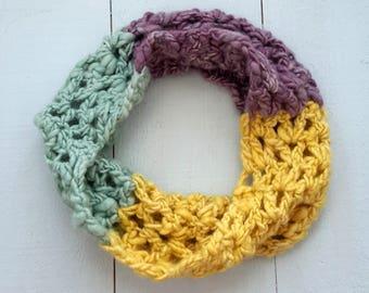 Cowl, Wool Cowl, Neckwarmer, Crochet cowl, Winter Accessories, Womens Scarf, Infinity Scarf