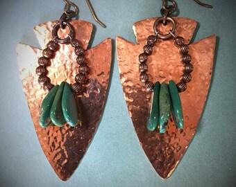 COPPER & CAMPO FRIO Turquoise Arrowhead shaped earrings