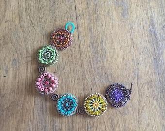 Moitié prix une semaine vente médaillon bracelet manchette en perles