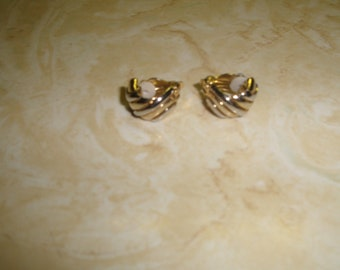 vintage clip on earrings goldtone open ribbed half hoops