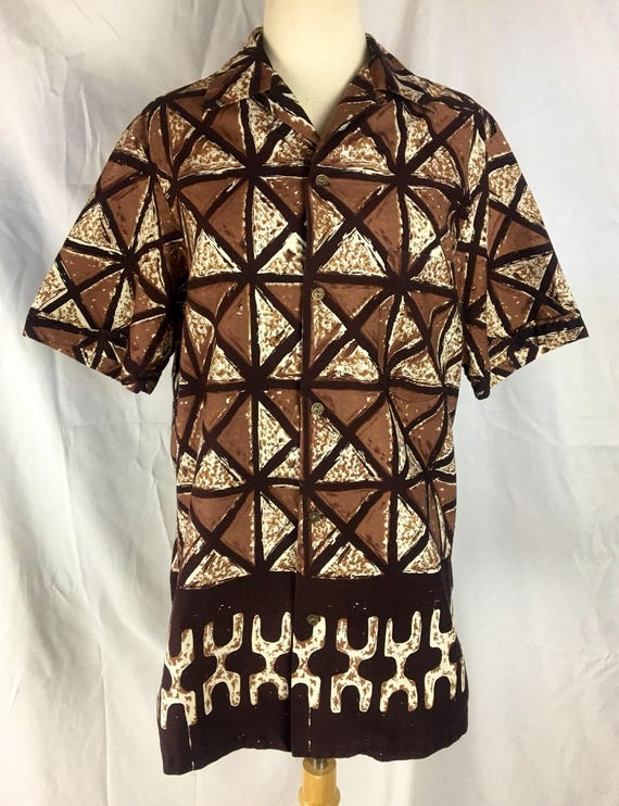 Vintage 1960's Men's Short Sleeve Brown Hawaiian Shirt by Alfred Shaheen Medium
