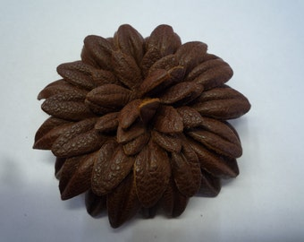 Luxurious Brown Leather Daisy Flower Pin
