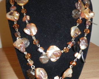 Beautiful Beaded Necklace - Vintage Necklace - Polished Stones & Glass Beades