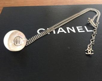 Vintage 90's CHANEL CC Large Logo Glitter Sparkle Ball Sphere Statement Necklace Pendant Fashion Jewelry