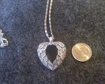 Necklace - Angel Wing Heart, silver tone