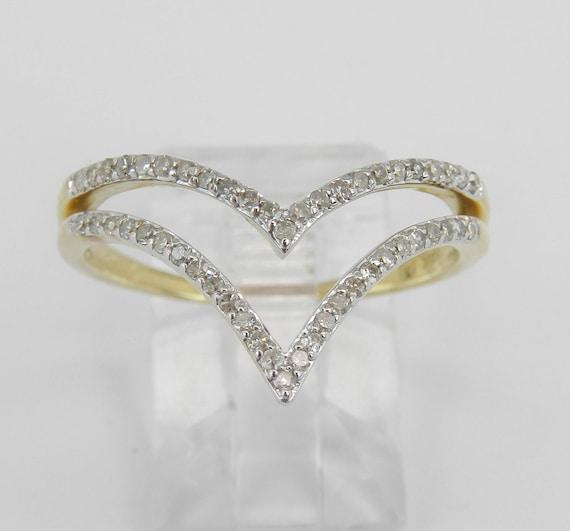 Modern Diamond V Cocktail Ring Yellow Gold Fashion Ring Size 9.25