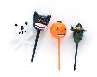 Retro Halloween Cupcake Picks, Halloween Cupcake Toppers, Halloween Witch, Black Cat, Skull and Pumpkin Cupcake Picks (12)