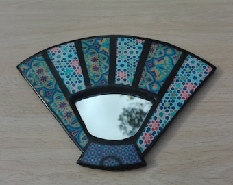 Wood and resin mirrors for decoration of the home and spaces