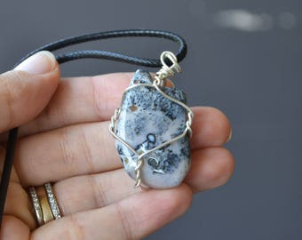 Dendritic Agate Necklace, Agate Jewelry, Stone and Cord Necklace, Tumbled Stones, Agate Necklace, Polished Stones, Pink Stone Necklace