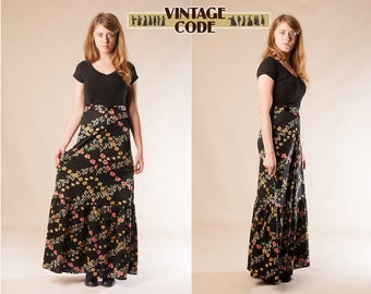 70s vintage Black floral tiered flounced  maxi skirt / High waist Hippie Boho Maxi skirt /  size Small