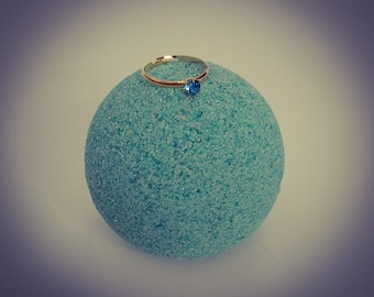 Surprise Birthstone Ring Bath Bomb