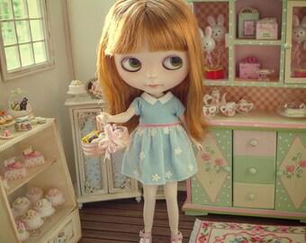 Blythe Barbie Flowered Cabinet
