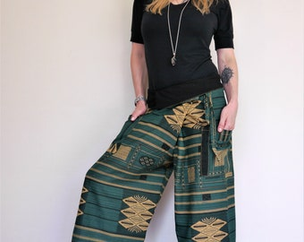 Fisherman pants, Thai Fisherman pants Amonchai. Green and Beige, Cotton. Express shipping!