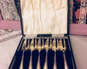 Vintage Boxed EPNS silver plate forks vintage pickle forks