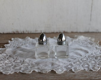 Vintage Glass and Aluminum Salt & Pepper Shaker Set // Collectible Salt and Pepper Shakers