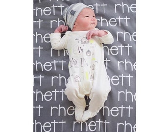 Name Blanket- Baby boy blanket- Personalized Blanket - Monogram Baby Blanket - Swaddle Receiving Blanket - Baby Shower Gift - Custom Blanket