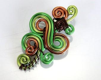 Loop De Loop Hair Clip