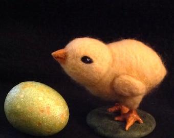 Needle Felted Chick Baby Chicken -Merino Wool Yellow Bird Farm Animal - Handmade Soft Sculpture with Glitter Egg - Easter / Display