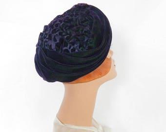 Vintage turban hat, purple 1960s lavender velvet tapestry