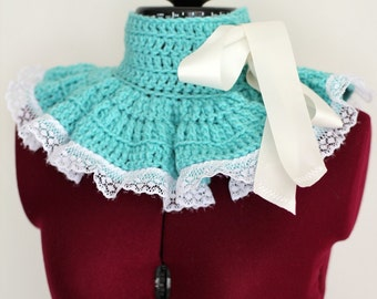 Neckwarmer - Victorian Collar in Aqua with Lace