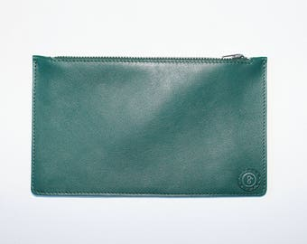 Leather pouch green