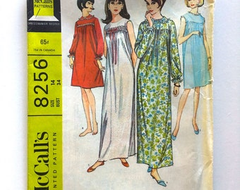 Vintage Sewing Pattern, Women's 60's McCalls 8256, Misses' Nightgown in Two Lengths (S)
