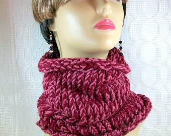 Women's Neck Warmer / Cowl Neck Warmer / Cowl Scarf / Winter Scarf / Women's Scarf /  Ladies Scarf / Knitted Scarf / Handmade Scarf
